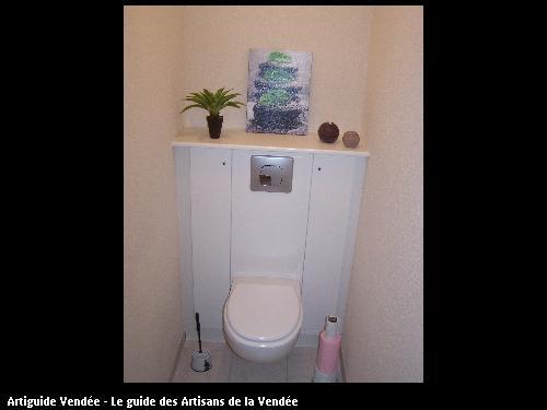 réalisation d'une wc suspendu sur un chantier de rénovation